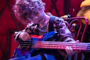 learning music bass